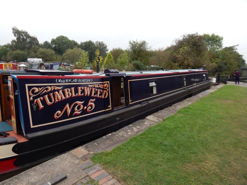 Narrowboat - outside