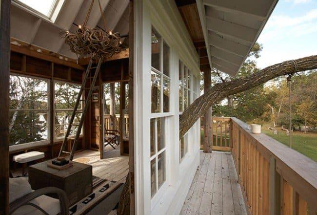 Treehouse inside