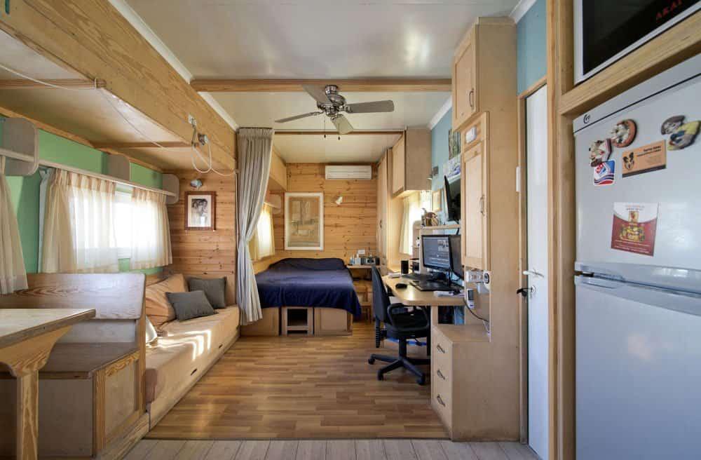 truck-living-room