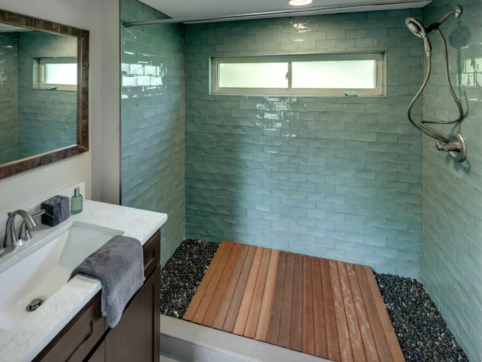 asha mevlana tiny house bathroom